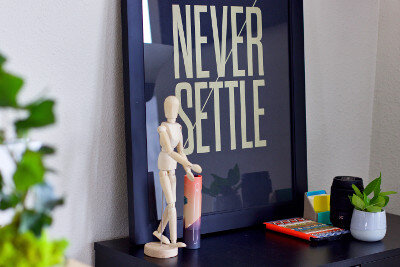 Never settle picture