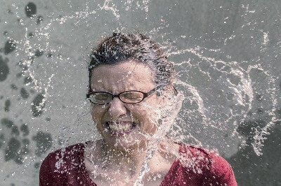 No surprises - girl getting splashed