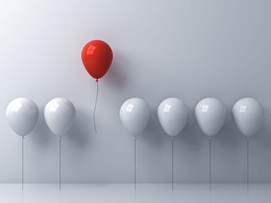 False Consensus Effect - Different Balloon